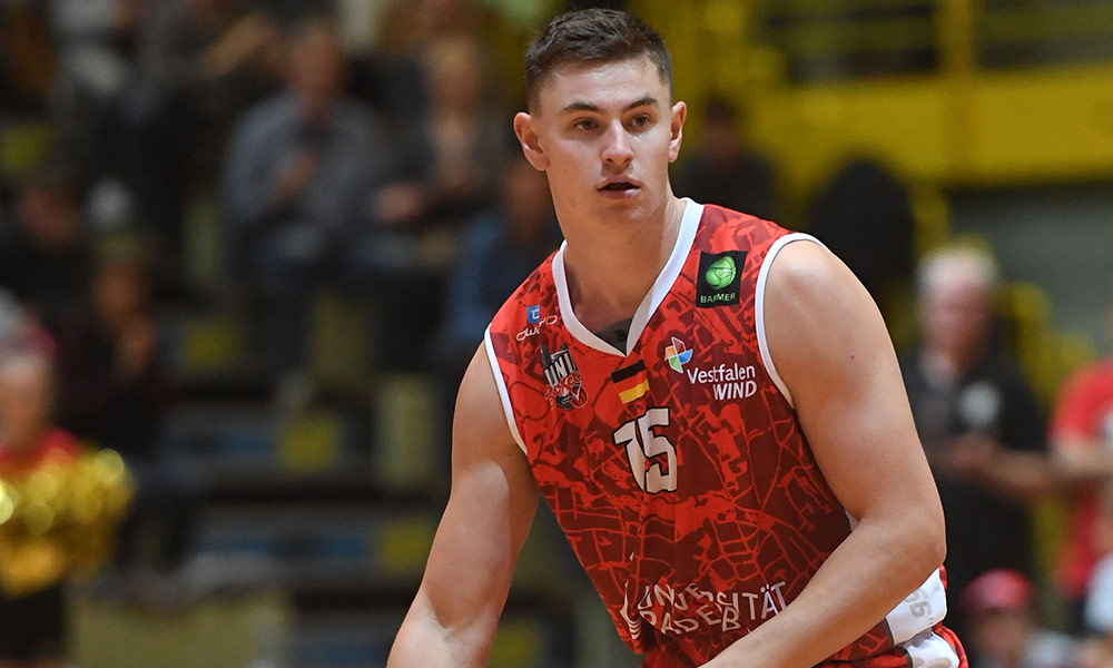 Uni Baskets Paderborn, ProA, Luca Kahl
